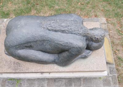 Statues005