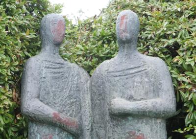 Statues009