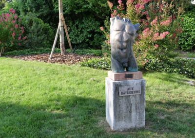 Statues015